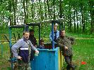 koledzy myśliwi na strzelnicy w Ostrowicach