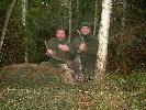 dziękuję Św.Hubertowi i Sylwkowi (ten z lewej)-ja tylko oddałem strzał