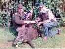 Kolega Jurek Kielan przy strzelonym dziku